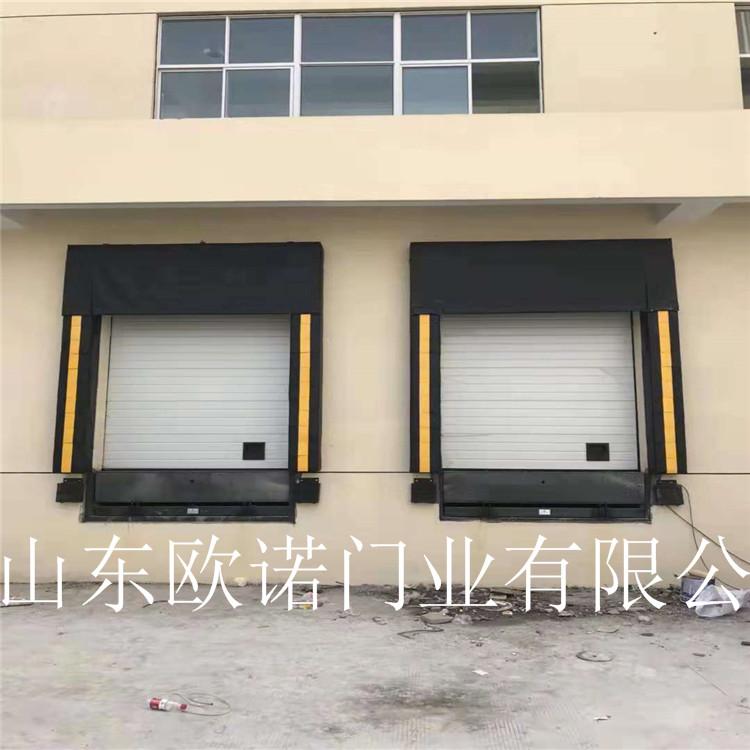 海绵式装卸门封主要安装在保温要求较高
